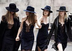 C чем носить платье-комбинацию?