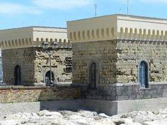 I torrini di Castel dell'Ovo. 40°50′00″N 14°15′00″E