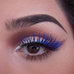 How To Wear Blue Mascara No Matter What Your Skin Tone - Best Shades, Colors