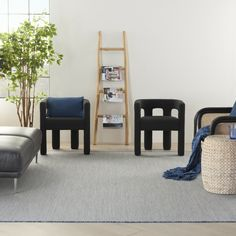 Simple and classy. The Courtyard collection by Nourison is full of warm and relaxing rugs that mix well with contemporary and modern decor! Contemporary Decor, Modern Decor, Living Room Decor Inspiration, Machine Made Rugs, Indoor Outdoor Rugs, Colorful Rugs, Classy, Warm, Furniture