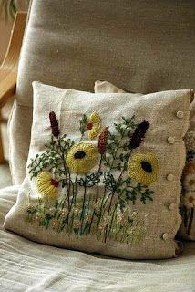 """Милые сердцу штучки: Вышивка crewel: """"Две диванные подушки от Sumiko Taniuchi (Япония)"""""""
