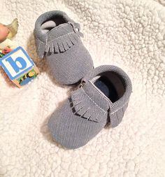 MJs Wish List :: Give your little one a shoes perfect for any occasion.., Blue denim Baby Moccasins shoes .. - A new look for a new style-...  Processing time is 1-2 weeks as it is made to order. Walker sole Upgrade is also available ( Please check listing)  **Please read our shipping policies**  Please make sure to measure your little ones feet before making purchase. Every little ones feet length varies..