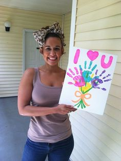 DIY Canvas Flower Bouquet for mothers day... great for grandma :)