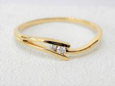 18kt geel gouden ring met diamant 0.03ct €274 www.fannyvandenheuvel.be Tie Clip, Jewerly, Ornament, Wedding Rings, Van, Engagement Rings, Weddings, Future, Antiques