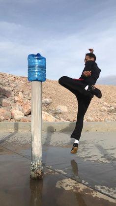 Martial Arts Workout, Martial Arts Training, Boxing Workout, Self Defense Moves, Self Defense Martial Arts, Combat Training, Mma Training, Judo Video, Kick Boxing Girl