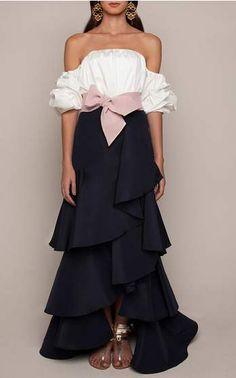 Get inspired and discover Johanna Ortiz trunkshow! Shop the latest Johanna Ortiz collection at Moda Operandi. Look Fashion, Womens Fashion, Fashion Design, Fashion Trends, Mantel, Designer, Ideias Fashion, Evening Dresses, Ready To Wear