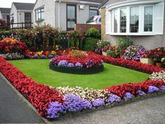 Front Gardens Image 4