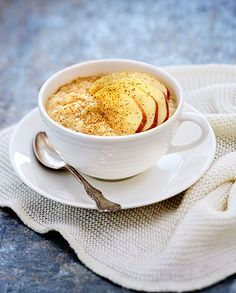 Kaneli, omena ja puuro - täydellisiä yhdessä!  #healthy #porridge #breakfast