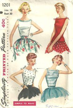 Darling little top Vintage Dress Patterns, Blouse Vintage, Vintage Dresses, Vintage Outfits, Vintage Fashion, Vintage Style, Vintage Year, Vintage Hats, 1950s Fashion