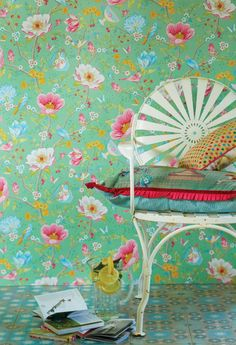 Nieuwste Pip Studio Behang - Pip Studio Behangboek 3 is Uit! Kleurrijk Bloemen Behang: Chinese Garden MEER Behang… (Foto Pip Studio Wallpaper Collection op DroomHome.nl)