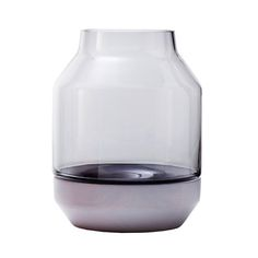 Muuto - Elevated Vase, grau - Einzelabbildung http://www.connox.de/kategorien/dekoration/vasen/muuto-elevated.html