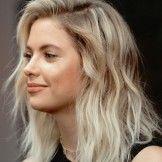 Trendy Heavy Balayage Medium Hairstyles for Women – Ashley Benson