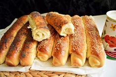 batoane-cu-miere-mac-si-susan-8 Hot Dog Buns, Hot Dogs, Croissant, Mac, Breakfast, Ethnic Recipes, Cakes, Apples, Bread