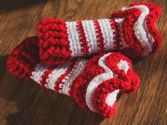 Manda Nicole's Crochet Patterns: Ruffled NB Leg Warmers
