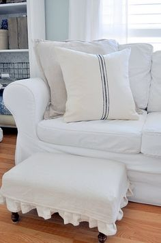 Tutorial - the five minute cushion and faux grain sack (LOVE the foot stool, too!)