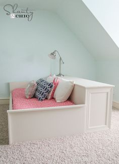 DIY Platform Dresser Bed...I don't need the dresser part though.