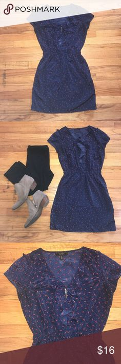 Cute Jessica Simpson dress Pockets, sinched waist, and light fabric with little red shoes! 👠😍👗 Jessica Simpson Dresses Maxi