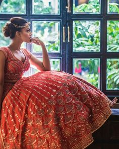 23 Most Gorgeous Anita Dongre Lehengas you'll Definitely fall for! Wedding Lehnga, Indian Bridal Lehenga, Indian Bridal Wear, Indian Wedding Outfits, Bridal Outfits, Indian Outfits, Bridal Dresses, Girl Outfits, Wedding Dress