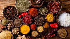 Mnozí lidé mají koření v oblibě a pravidelně ho při vaření používají. Dodává pikantnost, aroma, tradiční příchuť. Umožňuje méně solit. Ne každý však ví, že hodně jeho druhů nejenom vylepšuje vzhled, vůni a chuť jídel, ale působí také proti řadě onemocnění.