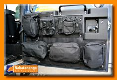 The tailgate organizer for Defenders offers a neat and adaptable storage system for the rear door. It comes with Molle bags and includes stainless fixings.