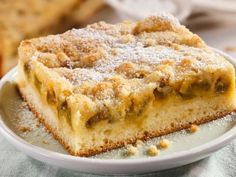 Rhubarb cake with almonds Dutch Recipes, Sweet Recipes, Cake Recipes, Rhubarb Cake, Rhubarb Recipes, Square Cakes, Sweet Pastries, Sweet Pie, Breakfast Snacks
