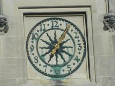 Close up of Master Clock