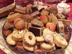 Croatian cookies.  These look like a plate of my mom's.  Wish we had pictures of all her beautiful trays of cookies.