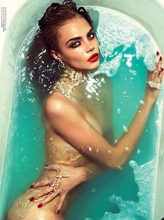 Cara Delevingne #beauty #makeup #lipstick