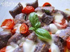 Gnocchi viola gratinati con pomodorini e mozzarella Aglio, Gnocchi, Ultra Violet, Mozzarella, 3, Beef, Home, Meat, Steak