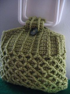 Free crochet pattern via ravelry! - I like this bag especially for its thickness so no need for lining;-))