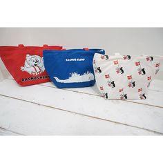 Instagram media rasmusklump_jpn - ラスムス クルンプランチトート! 新発売(^∇^) 保冷バッグが中に付いて、とっても便利なんです(^∇^) #rasmusklump #ラスムスクルンプ #ラスムス #ラスムスクルンプストアトーキョー #ランチトートバッグ #ランチ #バッグ