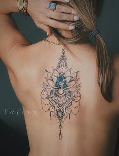 Perfect Women Tattoos to Inspire You - Page 5 of 8 - StarMyFashion Back Tattoos, Sexy Tattoos, Life Tattoos, Body Art Tattoos, Sleeve Tattoos, Cool Tattoos, Lotus Flower Tattoo Wrist, Lotus Tattoo Shoulder, Flower Tattoos