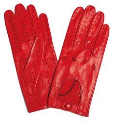 #nissan #micra #elle #gloves #red #car #MicraAttitude#Magyarország