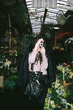 Disposable Camera Diary – Lace & Lilacs - a n a l o g Film Aesthetic, Aesthetic Vintage, Aesthetic Photo, Aesthetic Girl, Aesthetic Pictures, Disposable Film Camera, Camera Photography, 35mm Film, Photoshoot