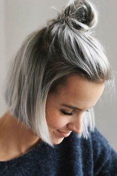 Quick hairstyles for short hair are much more fun than you may have ever expected. All you need is follow our lead and look gorgeous no matter what! #hairstyle #haircolor #haircuts