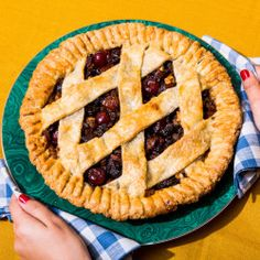 old fashioned lattice top apple pie old fashioned lattice top apple ...
