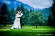 Squamish Valley Golf Club wedding by Vancouver wedding photographers - Povazan Photography