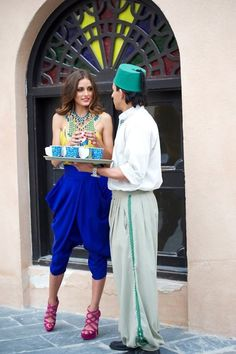 olivia palermo olivia palermo olivia palermo style-me Estilo Olivia Palermo, Olivia Palermo Style, Foto Fashion, Fashion Mode, Style Fashion, Jodhpur, Kaftan, Moroccan Party, Moroccan Theme