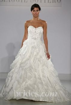 Maggie Sottero Fallon / 19413: buy this dress for a fraction of the salon price on PreOwnedWeddingDresses.com