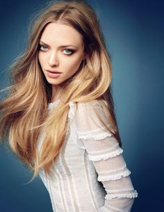 How Amanda Seyfried Gets Ready in 2 Minutes Flat (Seriously!)