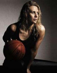 Penny Taylor, jogadora de basquete da Austrália - Foto: Reprodução