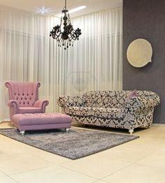 Chic wedding lounge decor