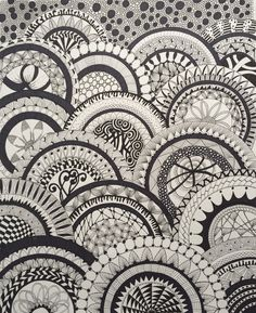 Zentangle by Rikke Poulsen 2015 On paper plates? Drawing Lessons, Art Lessons, Drawing Practice, Doodle Patterns, Zentangle Patterns, Zen Doodle, Doodle Art, Scribble Art, Knitting Machine Patterns