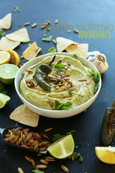 ROASTED JALAPENO HUMMUS! Quick, easy, subtly spiced and SO creamy and delicious #vegan #glutenfree