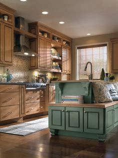 If you're planning a kitchen remodel, measuring your space is an essential step to determining the future layout of your cabinetry. Here are some key tips for getting it right, without stress, the first time. Cabinets Direct, Installing Kitchen Cabinets, Types Of Countertops, Stone Countertops, Stock Cabinets, Walnut Cabinets, Eclectic Kitchen, French Interior, Cabinet Styles