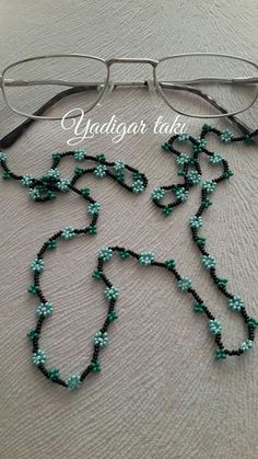 Bead Embroidery Jewelry, Beaded Jewelry Patterns, Beaded Embroidery, Jewelry Model, Wire Jewelry, Handmade Jewelry, Turquoise Necklace, Beaded Necklace, Diy Leather Bracelet