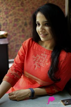Silk Kurti Designs, Simple Kurta Designs, Salwar Neck Designs, Kurta Neck Design, Dress Neck Designs, Kurta Designs Women, Kurti Designs Party Wear, Stylish Dress Designs, Blouse Designs