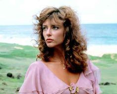"""Rachel Ward as Meggie in Ashes of Roses dress from """"The Thorn Birds"""".this is who i named megan after! Rachel Ward, Richard Chamberlain, Burt Reynolds, Divas, Bryan Brown, Piper Laurie, The Thorn Birds, Most Beautiful, Beautiful Women"""