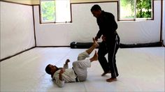 passagem de guarda De La Riva no Jiu-Jitsu
