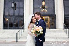 Dani & Joel's gorgeous Detroit Institute of Arts wedding with Parsonage Flowers #katesalerphotography #parsonage #dia #detroitinstituteofarts #navytux #detroit #detroitphotographer #detroitwedding | Kate Saler Photography WWW.KATESALERPHOTOGRAPHY.COM